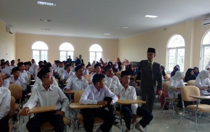 Hundreds of Students MTsN Ponorogo Followed Usbu' Arabiy in UNIDA Gontor