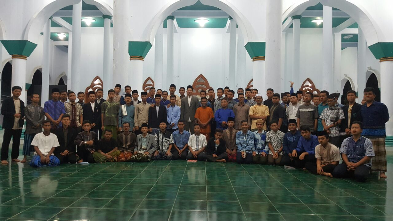 77 TPQ Teachers Candidate  Participated in Tahsin al-Qiro'ah Training at UNIDA Gontor