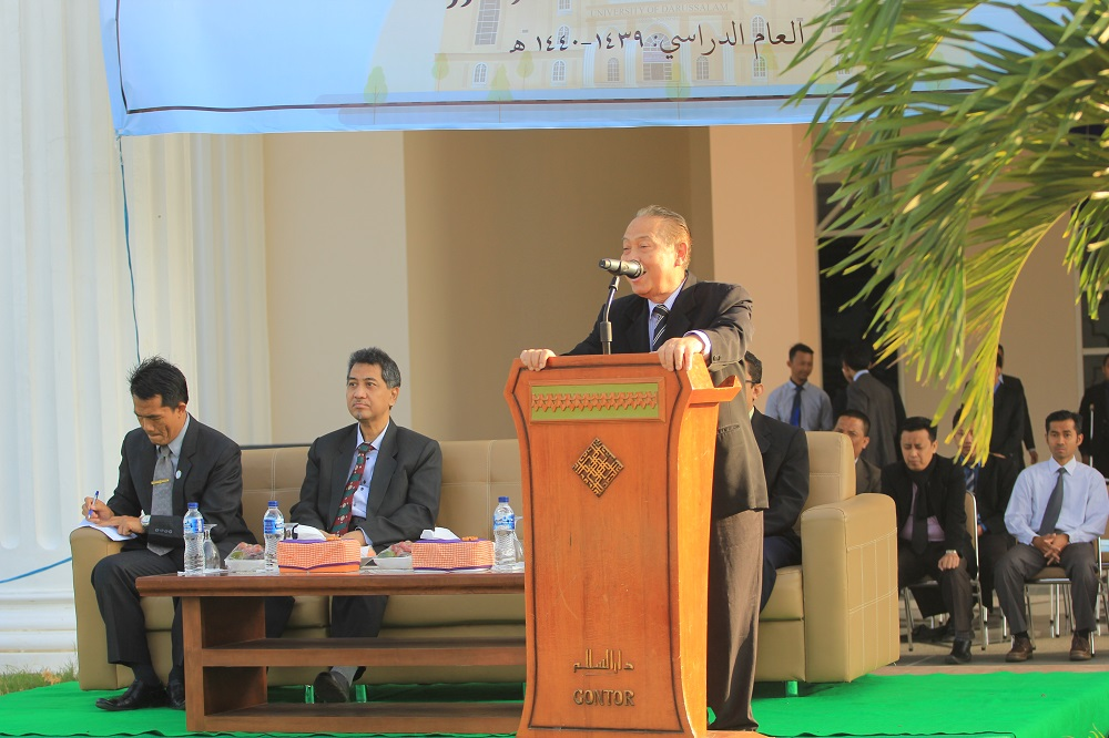 Rector of UNIDA Gontor officially Opens 1439-1440 New Academic Year