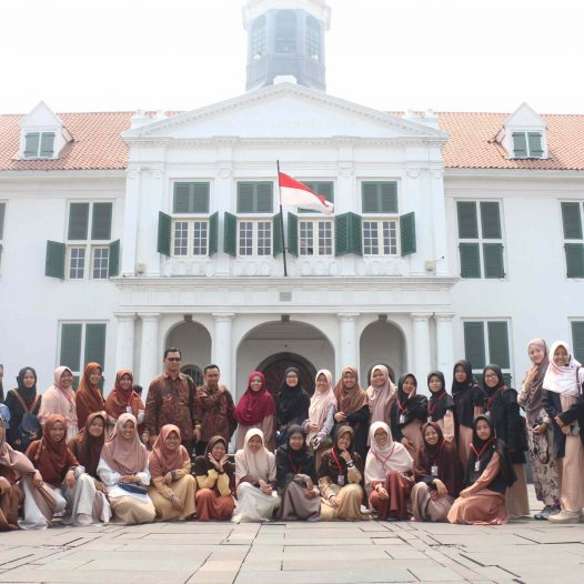 Jakarta Academic Study Tour Inspires Islamic Economics Students to be Future Leaders